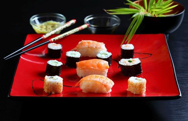 COLOURBOX2788371 Sushi